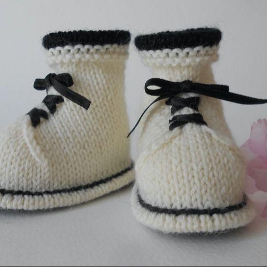 Chaussons Bottines 3 mois - tutoriel tricot bébé PDF chez Makerist - Image 1