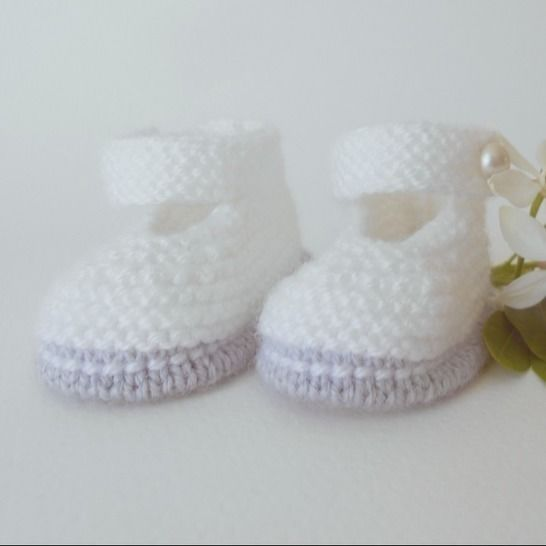 Chaussons Babies chic 3 mois - tutoriel tricot bébé PDF chez Makerist - Image 1