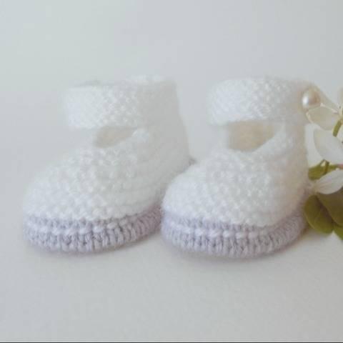 Chaussons Babies chic taille 3 mois - tutoriel tricot bébé chez Makerist