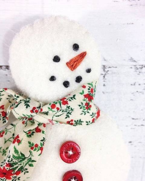 Snowman Christmas Ornament - Sewing Pattern at Makerist