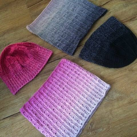 Crochet hats and cowls - pattern for two sets