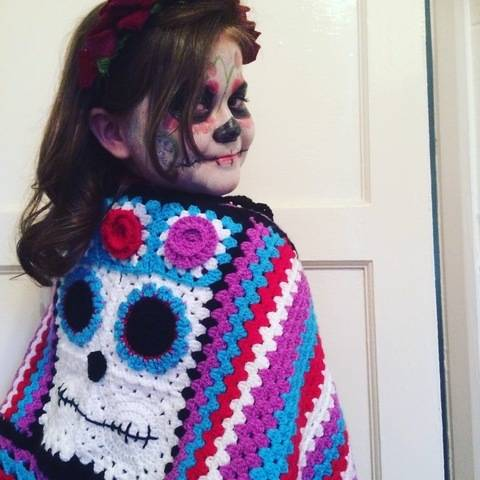 Crochet wrap oattern - Halloween Day of the Dead Wrap at Makerist