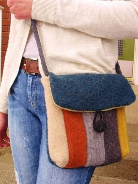 Messenger Bag - Recycled Wool Sweater Hip Bag - PDF Pattern at Makerist