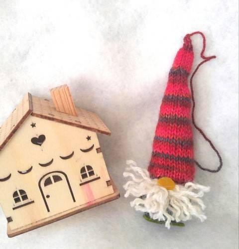 TOVS (Tomte of Various Size) -  knit w/crochet decoration