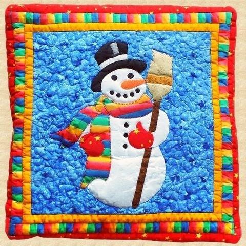 Snowman Quilted Pillow Pattern at Makerist