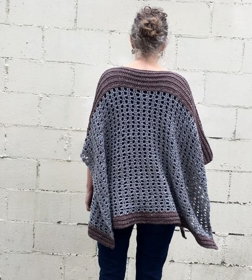 Poncho Pattern PDF (Easy-Peasy Two-Rectangles Poncho) at Makerist - Image 1
