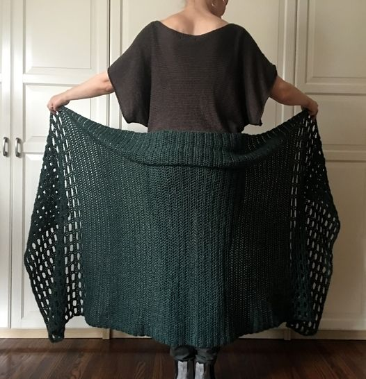Crochet Shawl / Wrap Pattern PDF (Shawl We-Wear-Green Wrap) at Makerist - Image 1