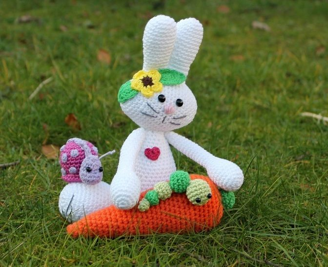Mila the bunny and its friends crochet pattern at Makerist - Image 1
