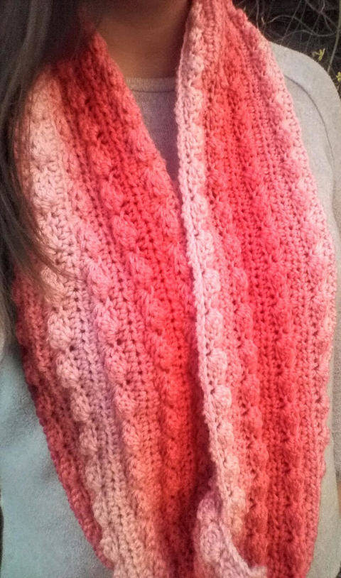 Sea Coral Infinity Scarf - Beginner Friendly Pattern at Makerist