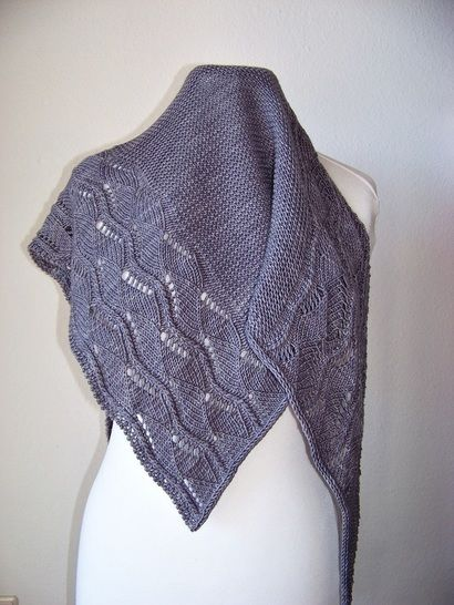 """Knitting pattern shawl """"The young mouse"""" at Makerist - Image 1"""