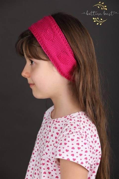 Isabella Stirnband mit Herzchen Strickanleitung