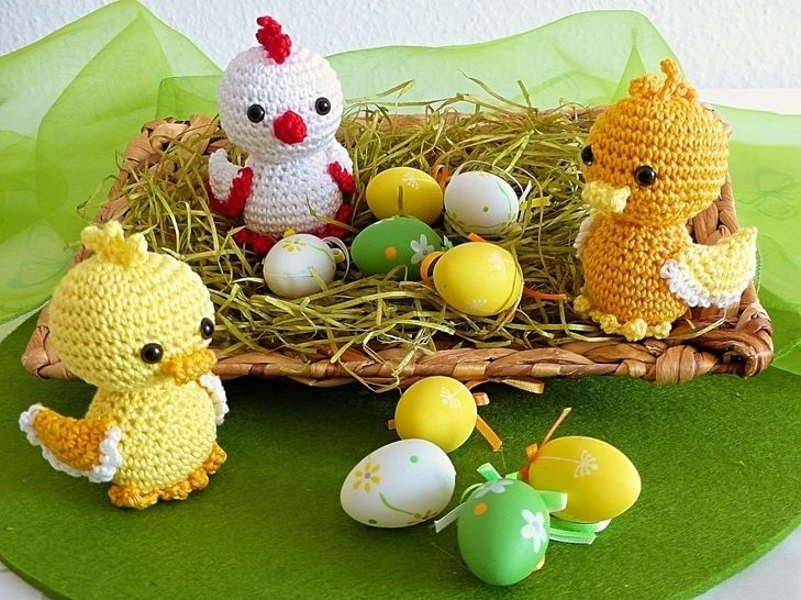 Easter Chicklet and Ducklings - Amigurumi Crochet Pattern at Makerist - Image 1