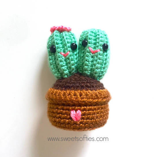 Cute Cactus Couple Valentines's Day Amigurumi at Makerist - Image 1
