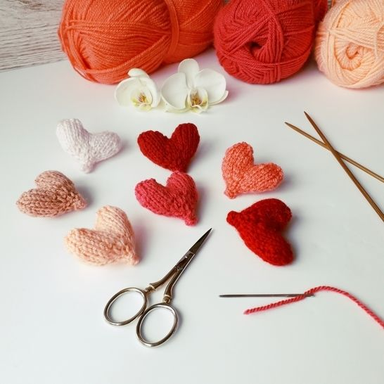Free Easy Little Hearts knitting pattern at Makerist - Image 1