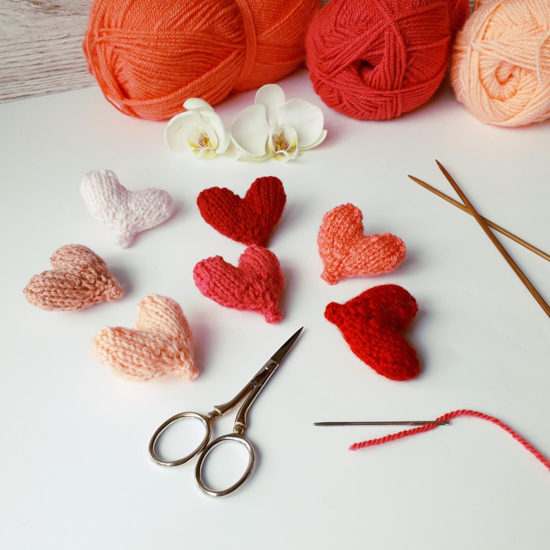 Free Easy Little Hearts knitting pattern