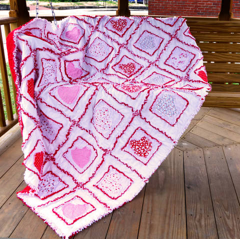 Valentine Hearts Rag Quilt Pattern at Makerist