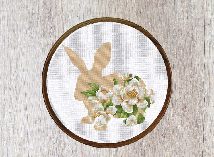 Bunny with Flower Ornament Cross Stitch Pattern at Makerist - Image 1