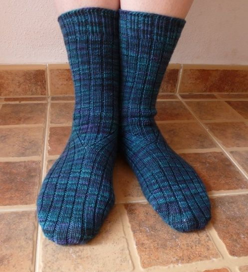 Colindale - Knitting Pattern at Makerist - Image 1