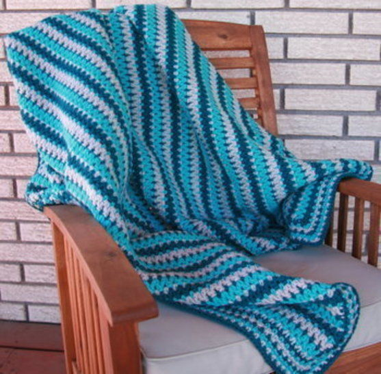 Ocean Throw at Makerist - Image 1