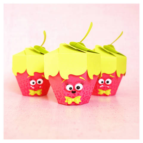 "cutting file - strawberry gift box ""monster"" 3in1 ENGL"