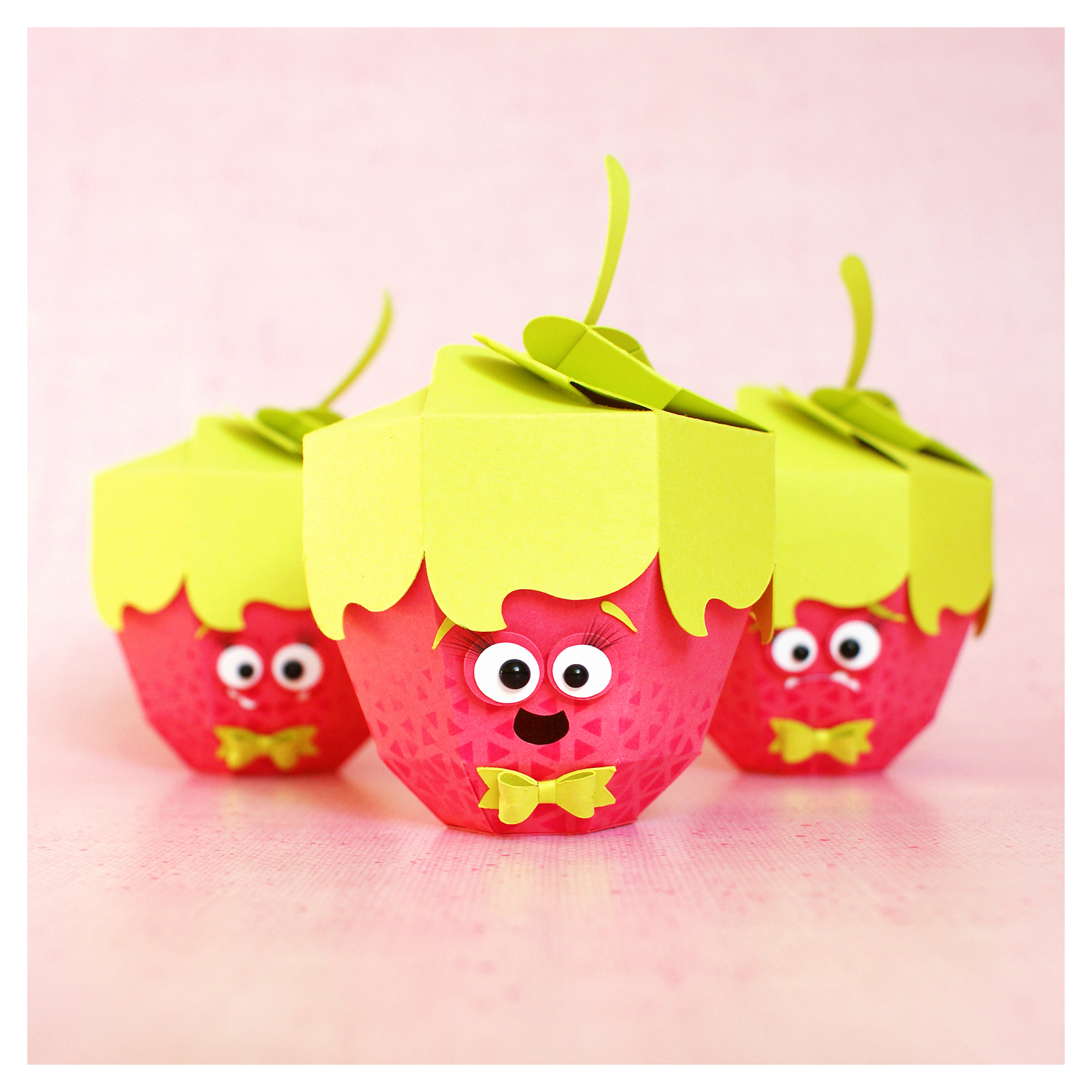 "cutting file - raspberry gift box ""monster"" 3in1 ENGL"