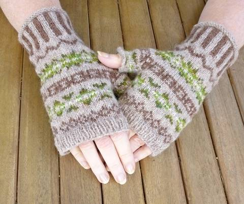 Brunswick Fingerless Mitts -  Knitting Pattern