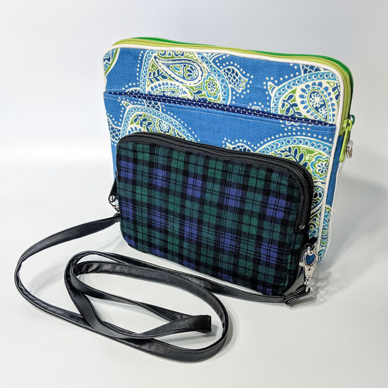 Elite Crossbody Wallet sewing pattern at Makerist - Image 1
