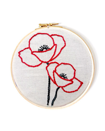 Poppy Flower Hand Embroidery Pattern Design  at Makerist - Image 1