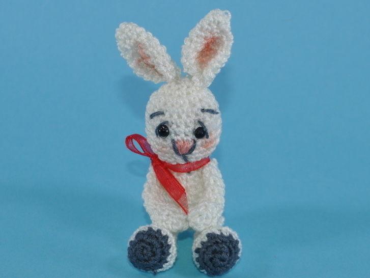 kleiner Hase II, Amigurumi Häkelanleitung bei Makerist - Bild 1
