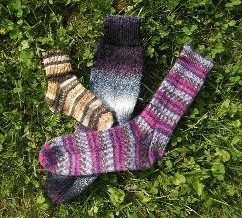 Magic Family Socks PDF knitting pattern at Makerist