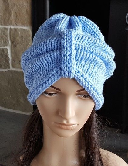 Front tie slouchy hat knitting pattern - Destiny at Makerist - Image 1