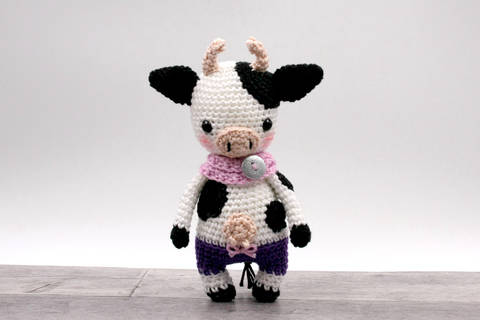 Amigurumi mini vache JUDITH - tutoriel de crochet chez Makerist
