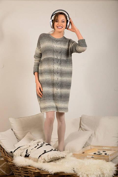 Oversize-Kleid mit Mittelzopf