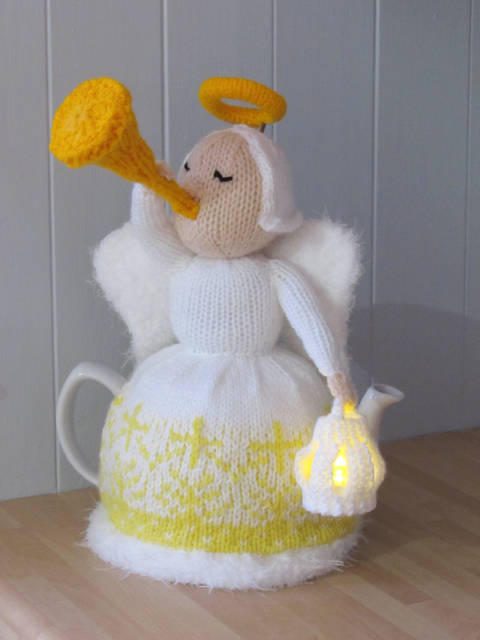 Heavenly Brew Christmas Angel Tea Cosy Knitting Pattern at Makerist