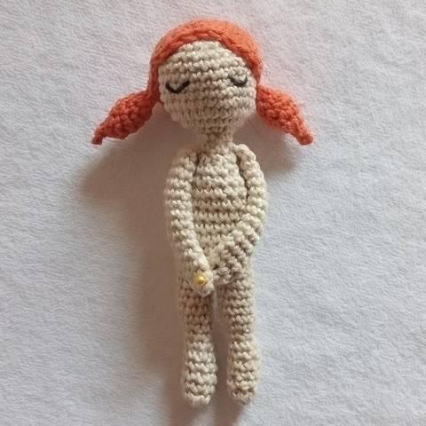 Mini-poupée Sidonie - Crochet