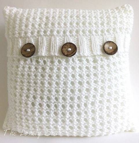 Sea Foam Cushion Cover at Makerist
