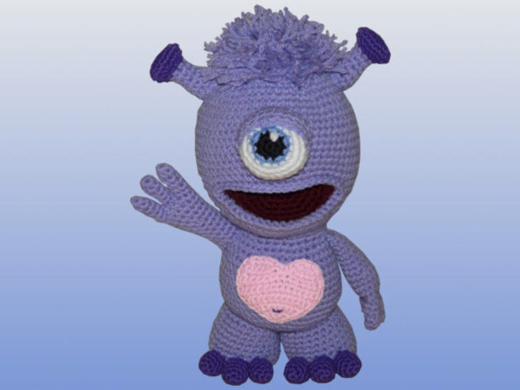 Crochet Pattern, Simo the cute Alien at Makerist - Image 1