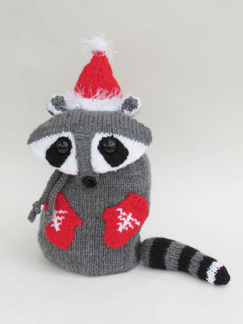 Snack Packaway Racoon Bag Knitting Pattern