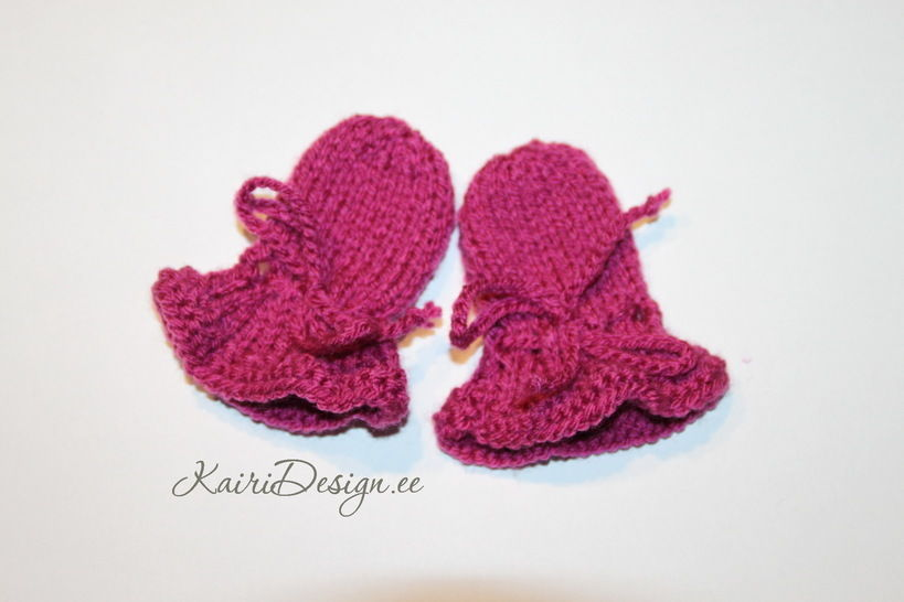 Baby Born doll mittens knitting pdf at Makerist - Image 1