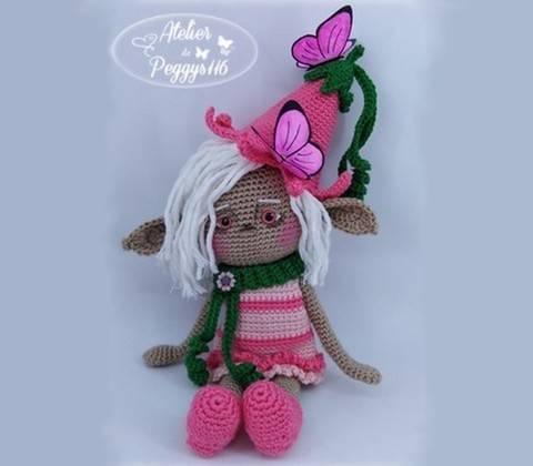 Urnia la petite Elfe chez Makerist