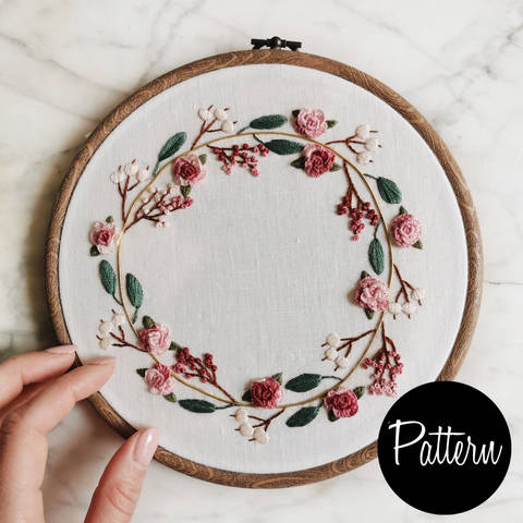 Flower wreath - embroidery pattern at Makerist