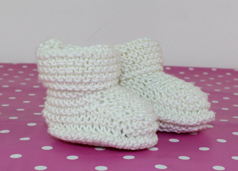 Baby Easy Garter Stitch Bamboo Booties at Makerist - Image 1
