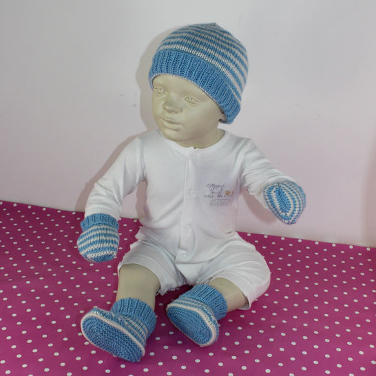 Baby Easy Stripe Beanie Booties and Mittens at Makerist - Image 1
