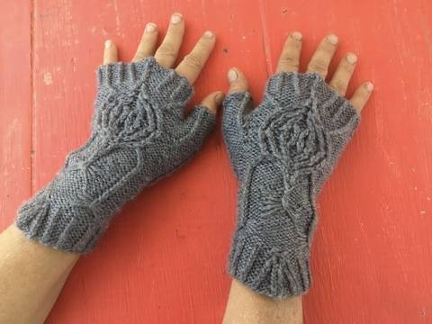 Spiderweb Fingerless Gloves