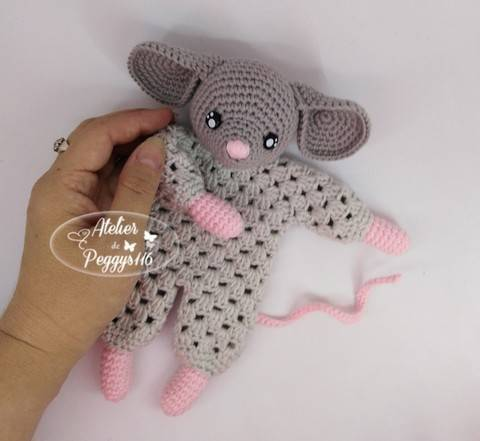 Mouse lovey granny at Makerist