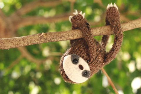Snuggly Sloth Knit Toy Pattern at Makerist