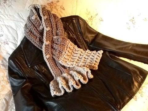 Chantilly Crocheted Scarf