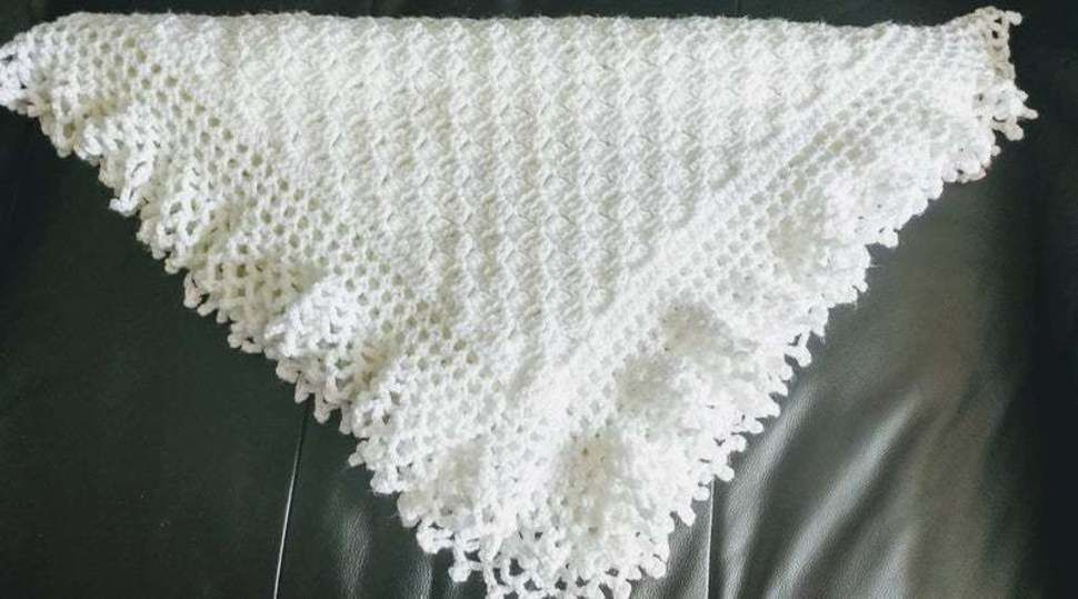 Flo's Lacy Baby Afghan Crochet Christening Shawl  at Makerist - Image 1
