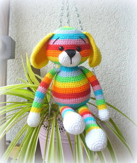 Crochet Rainbow Puppy  at Makerist
