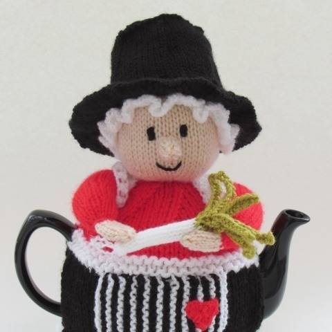 Welsh Lady Tea Cosy at Makerist
